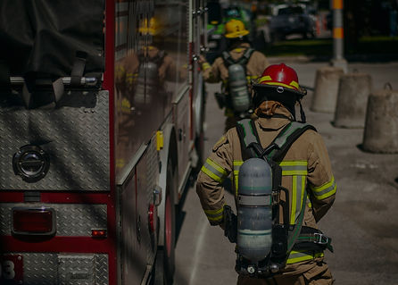 Firefighters%20walking%20to%20the%20fire