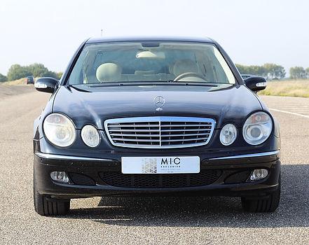 3 Mercedes E200k - _edited.jpg
