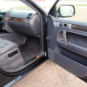 VW TOUAREG W12 - 24.jpg