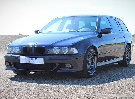BMW%20540I%20TOURING%20-%2063_edited.jpg