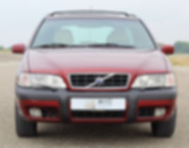 3 VOLVO XC70 VENETIAN RED _edited.jpg