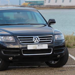 VW Touareg Zwart9_1FRONT.jpg