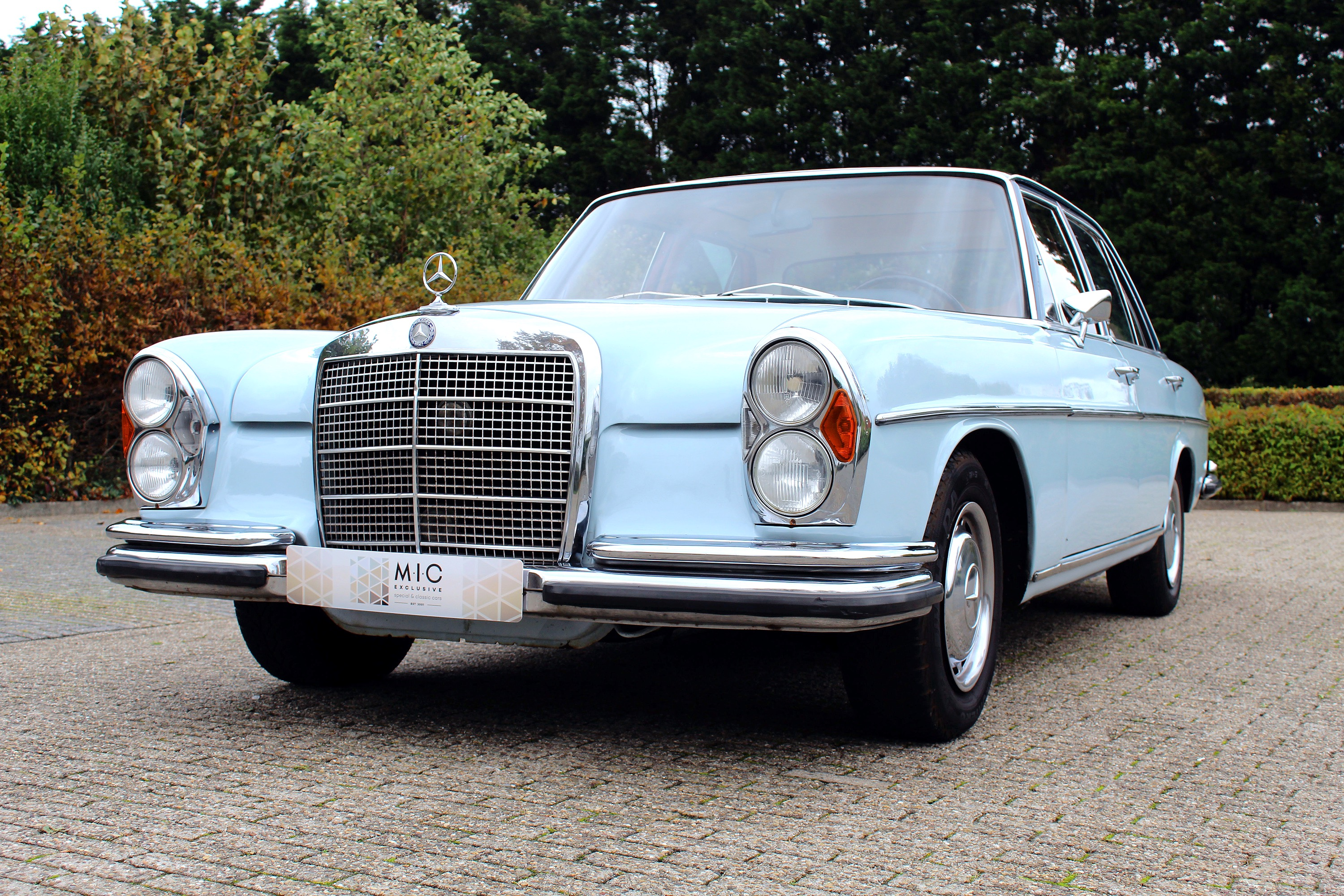 Mercedes 280S Automatic (W108)