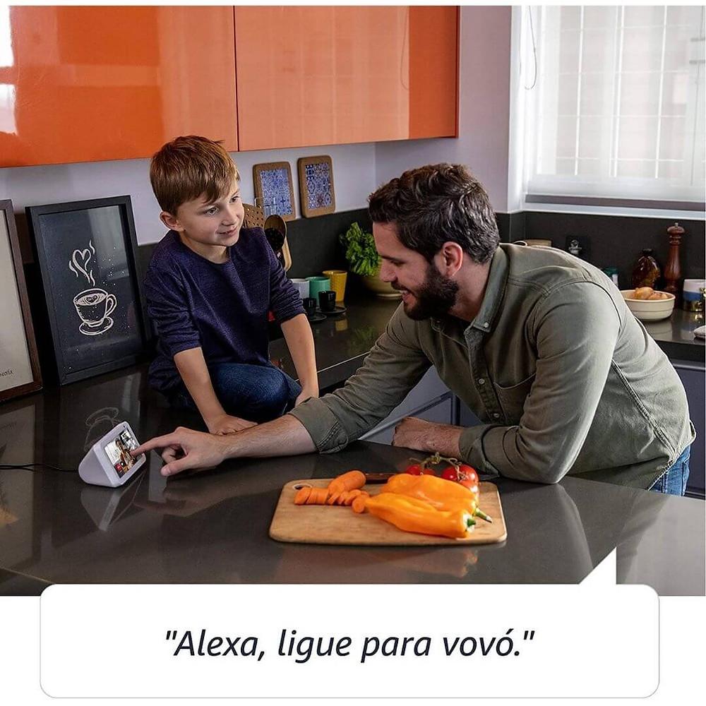 Echo Show 5 - Smart Speaker presente para pai tecnológico
