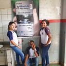 Banner instalado na Escola Municipal Professora Stella Chaves