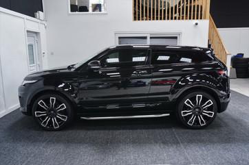 Black Range Rover Evoque on HAWKE Hermes wheels in Black Polished colour finish