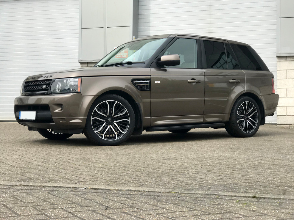 Bronze Range Rover Sport on HAWKE Vega wheels in Black Polished colour finish