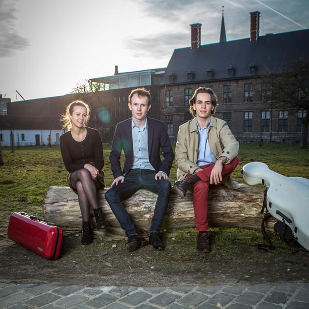 Trio Aries