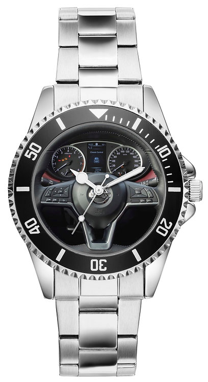 Nissan Micra Cockpit Uhr 10111
