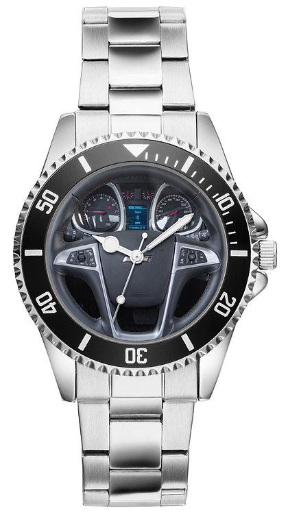 Chevrolet Equinox 2018  Cockpit Uhr 20627