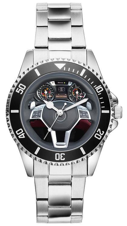 Mercedes SL63  Cockpit Uhr 2832