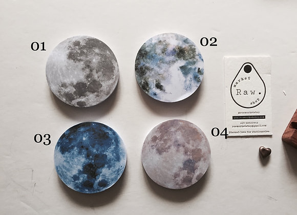 Moon Post It