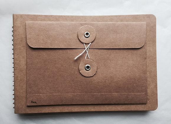 Eyelet Envelope (m)