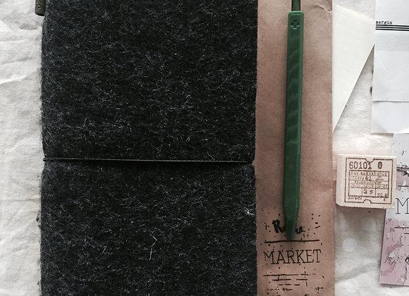 Dark Grey Raw Note : Regular : Felt