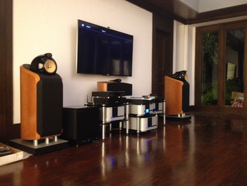 B&W 800 Series Home Theater Set-up