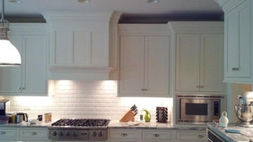 Kitchen - White Backsplash