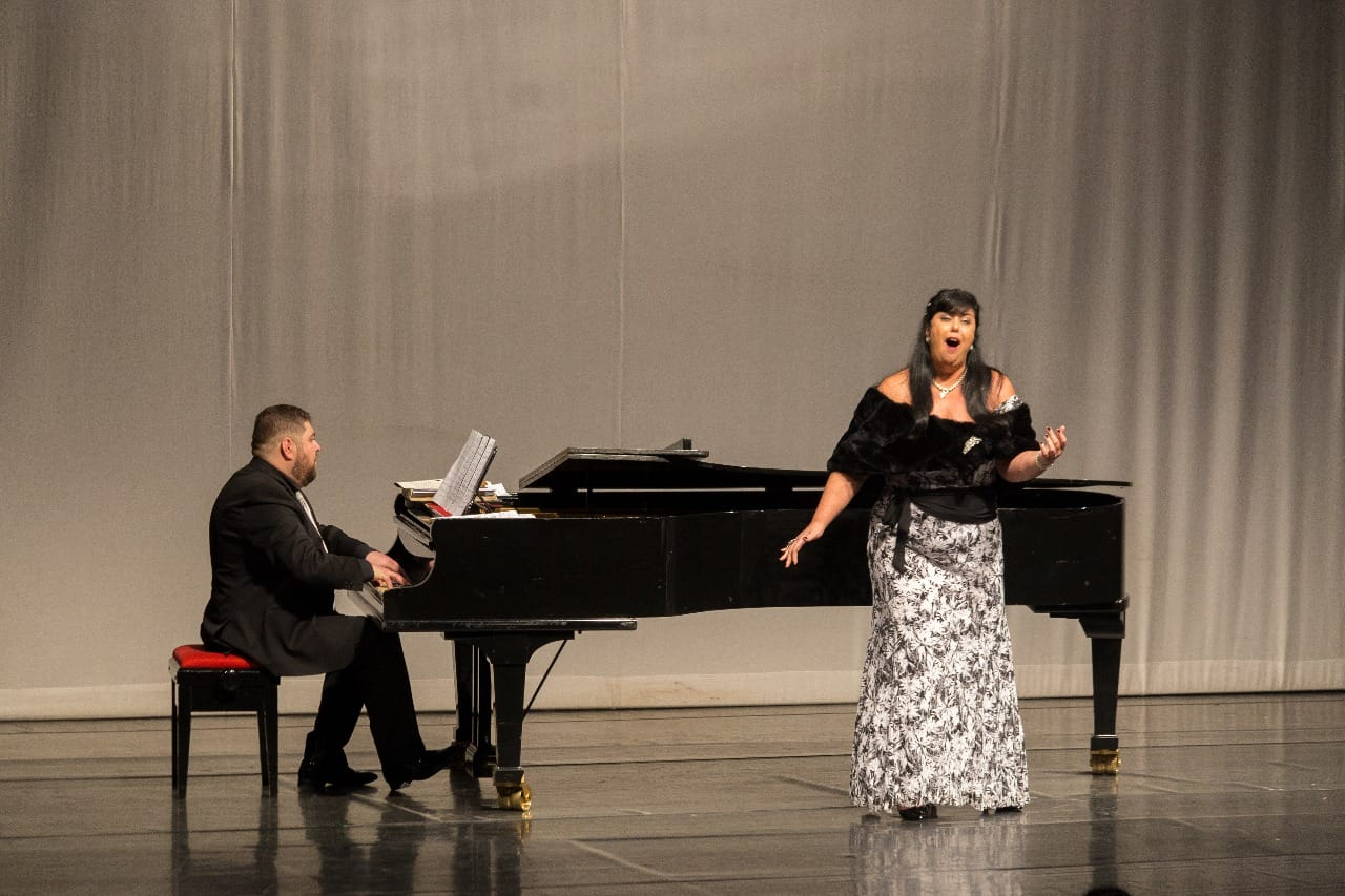 Ana Paula Brunkow in Concert