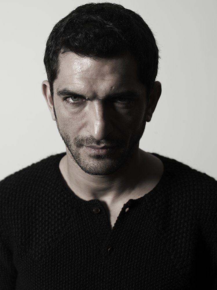 AMR WAKED ARTM 02