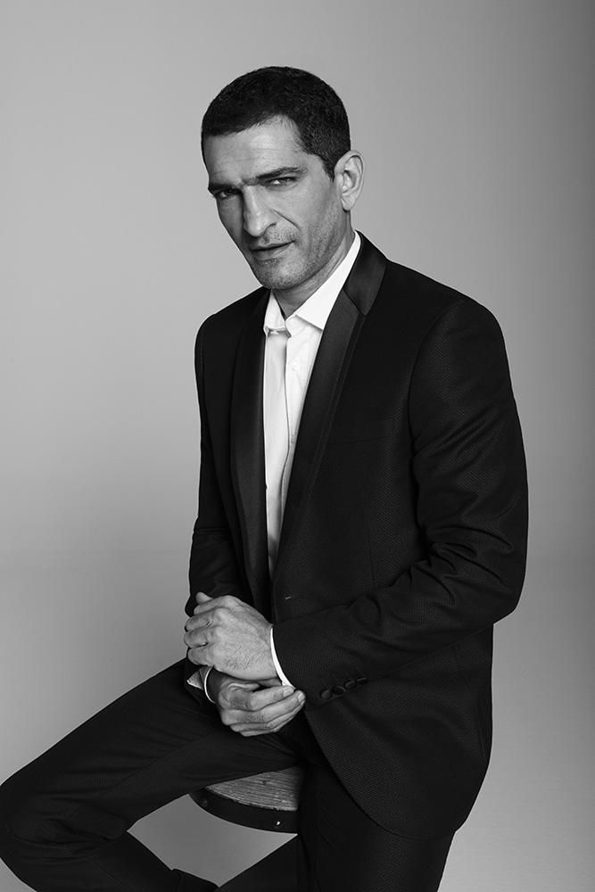 AMR WAKED ARTM2
