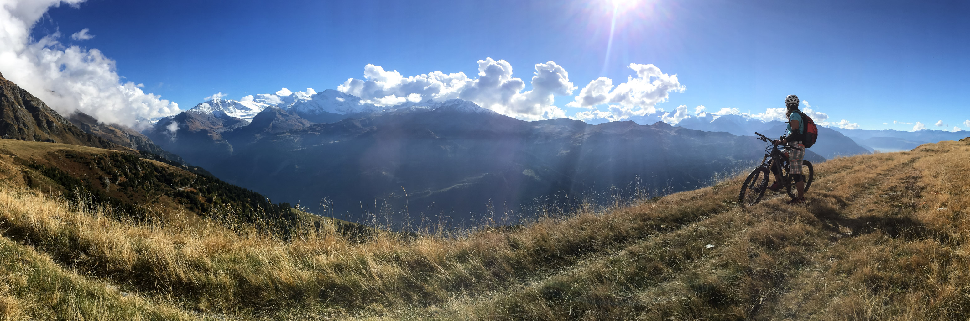 Panoramic biking in Wallis