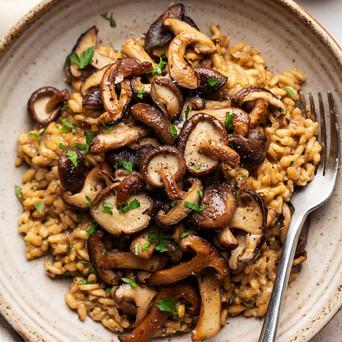 vegan-mushroom-risotto-close-1000x1500.jpg