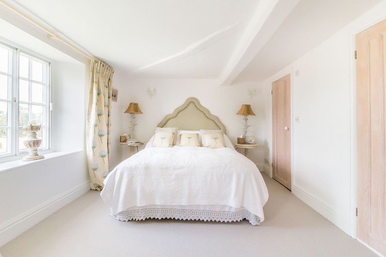 Kineton bedroom.jpg