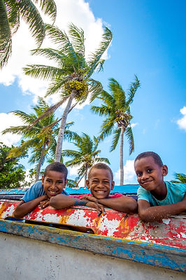 Donate to villagers in the Yasawa Islands