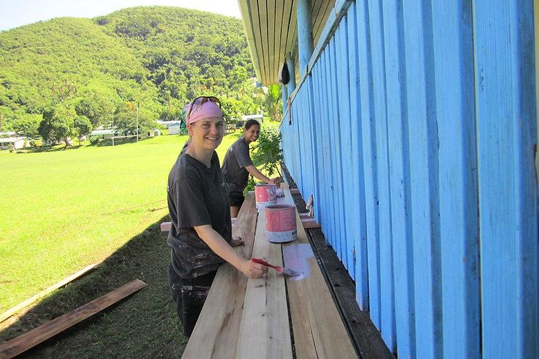 Community painting with Vinaka Fiji