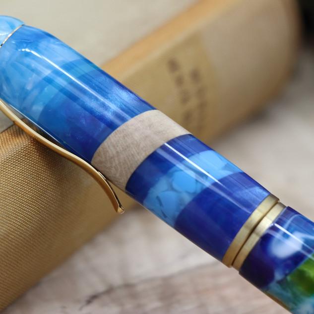 手作りペン作家Viriditas万年筆OFLカテドラルブルー007.JPG