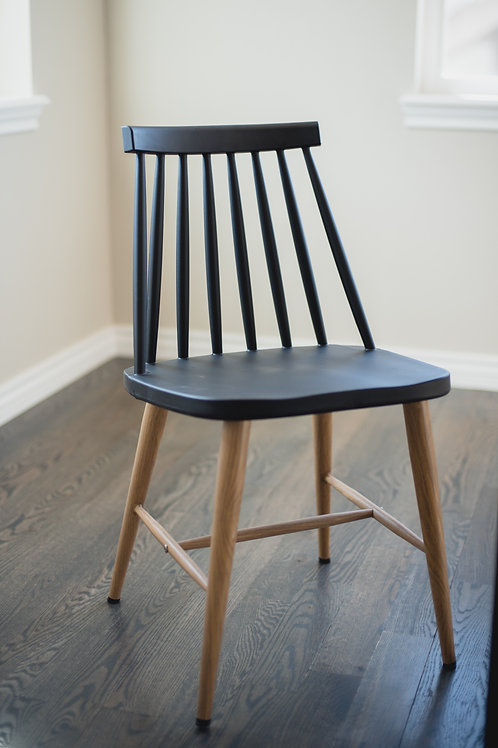 The Modern Dining Chair