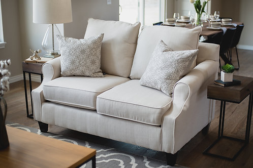 Unbasic Cream Loveseat