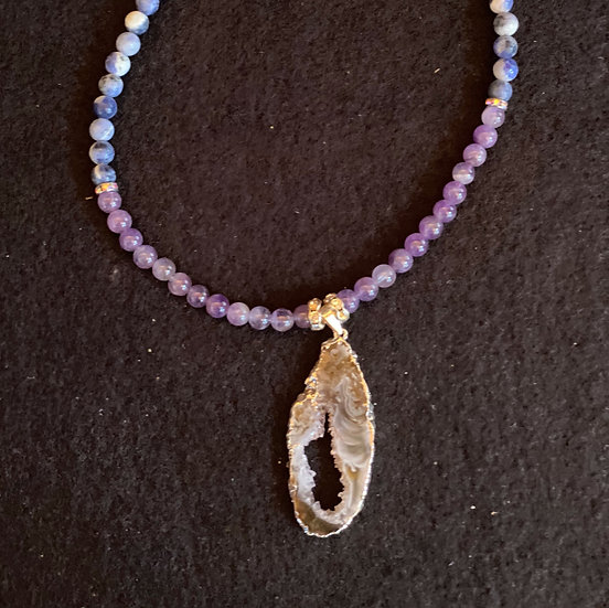 "14"" Agate with sodalite and Amethyst"
