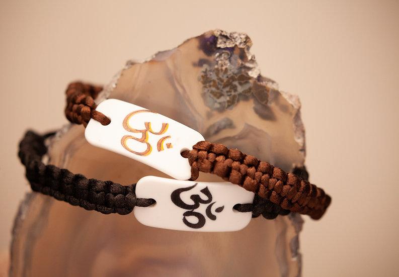 Nylon and Acrylic OM adjustable bracelet