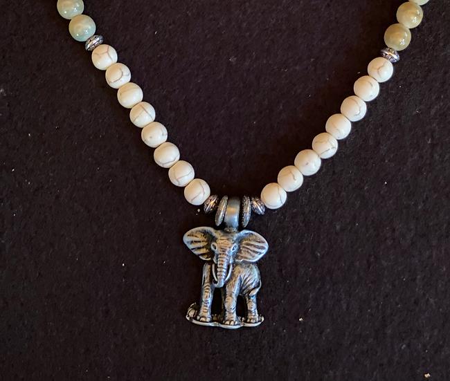 """16"""" Elephant Necklace"""