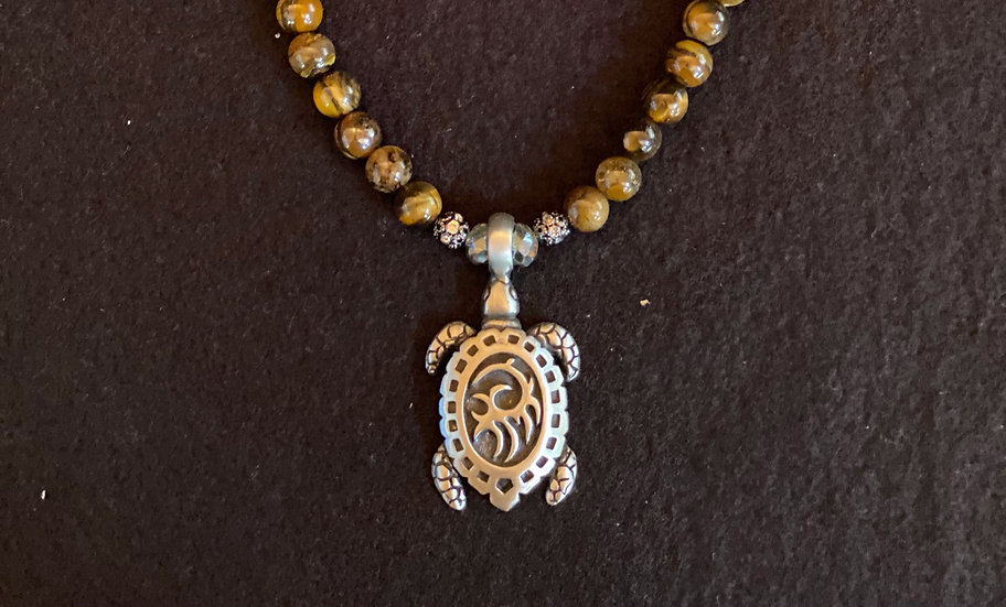 "16.5"" Turtle with malachite beads"
