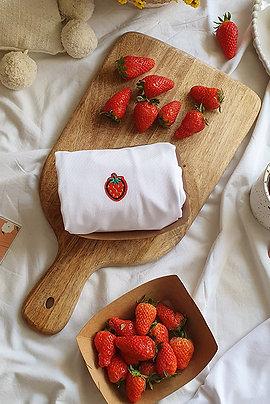 Strawberry Titshirt