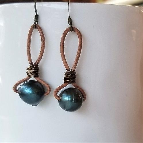 The Mermaid's Pearl Freshwater Pearl Earrings