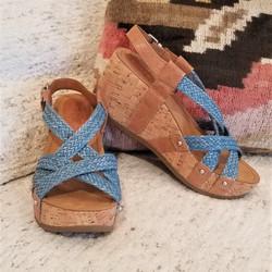 Fida in Zar Latte / Woven Jeans by Bussola Style $104