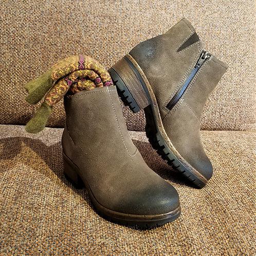 Salvia Chi Boot in Hydro Suede-Loggia