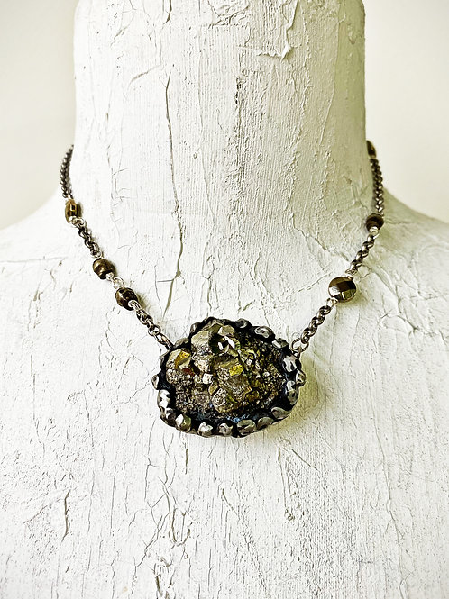 ObscurO Jewelry Elba Isle Necklace