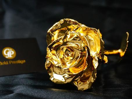 24金でコーティングした薔薇