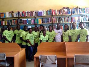 Nigerian YES Alumni Clean Public Library