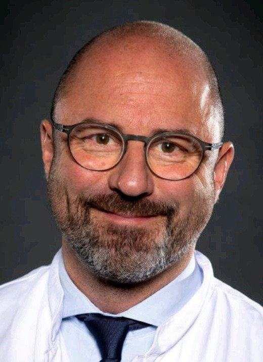 Dr. Timo Specht