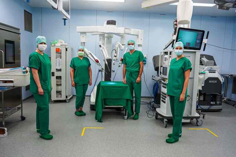"""Mithilfe des High-Tech-Roboters """"Da Vinci"""" können Nieren-Lebendspenden noch schonender durchgeführt werden."""