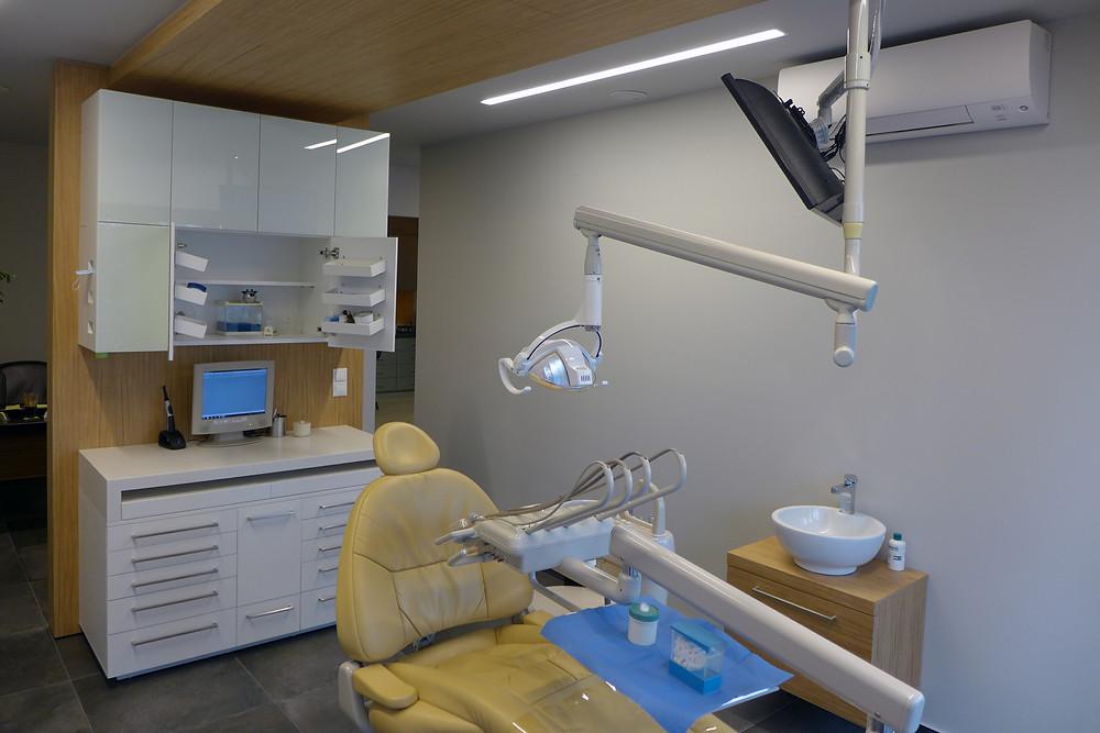 dentist948.jpg