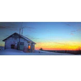 Agonquin sunset home winter