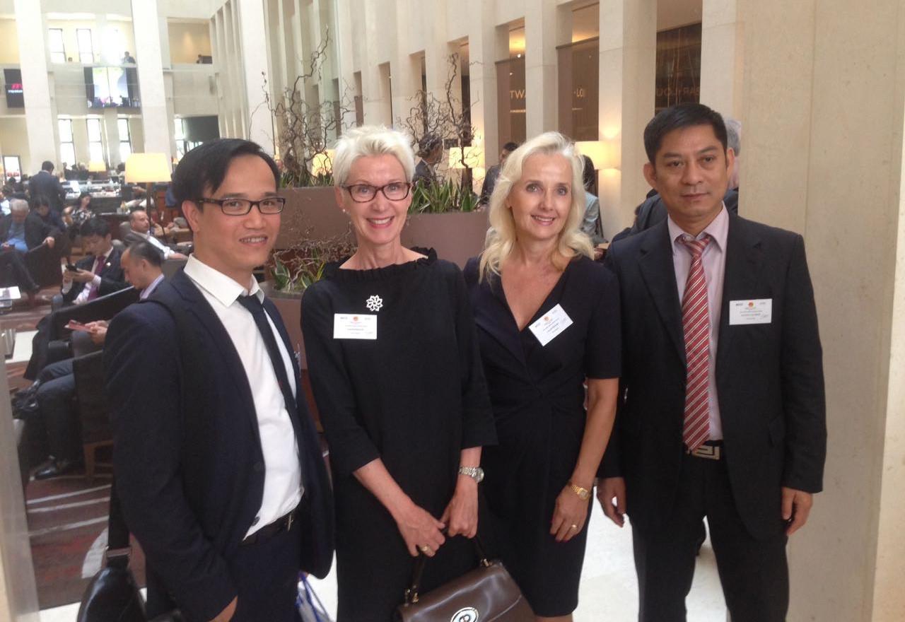 Treffen mit der vietnamesischen Gesundheitsministerin Nguyen Thi Kim Tien im Rahmen des Vietnamese-German Business Forums