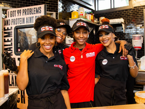 4 Reasons Why Atlanta's Slutty Vegan Should Be On Your Foodie Bucket List In 2019