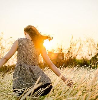 Girl in a field-FR.jpg