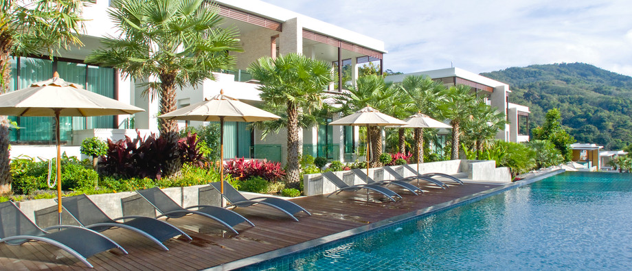 Pool at Wyndham Sea Pearl Resort Phuket